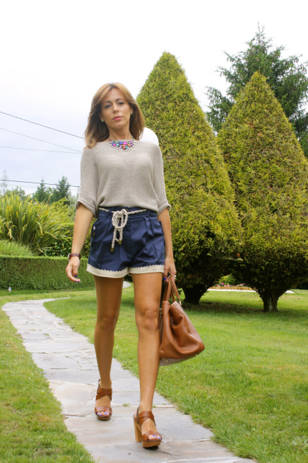 Shorts con crop top