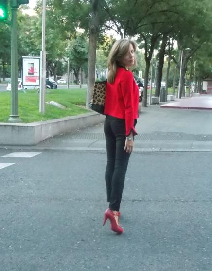 Rojo color de moda nueva temporada