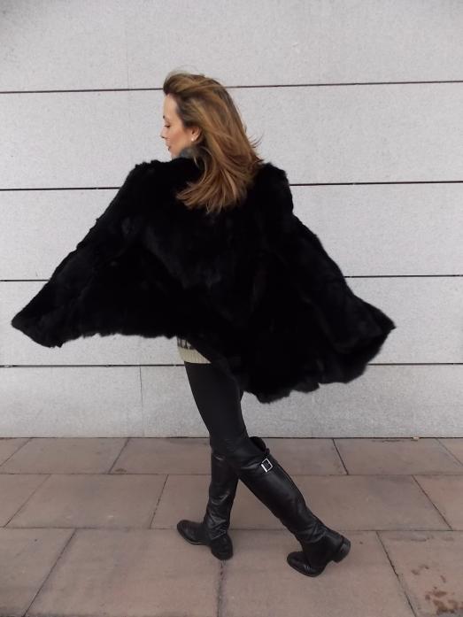 Combinar abrigo de piel