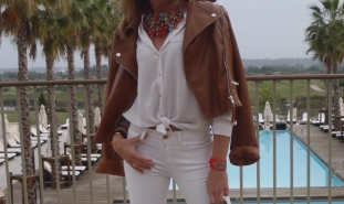 TOTAL WHITE LOOK