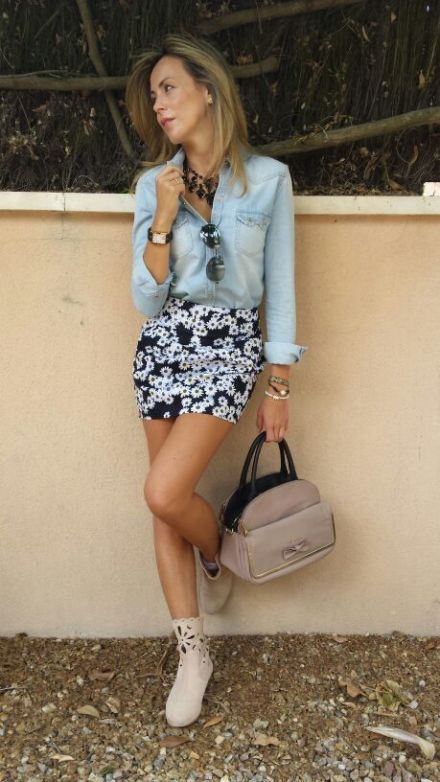 FLOWER PRINT AND CASUAL LOOK